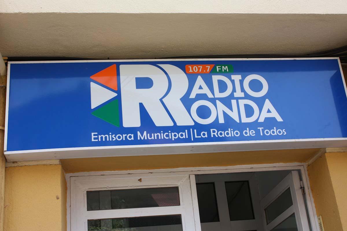 Entrevista en Radio Ronda